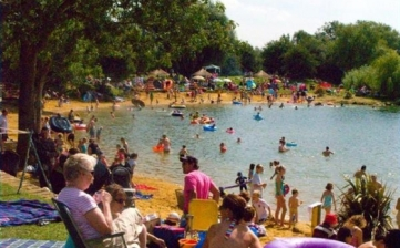 cotswold-country-park-beach_484_2-559x348